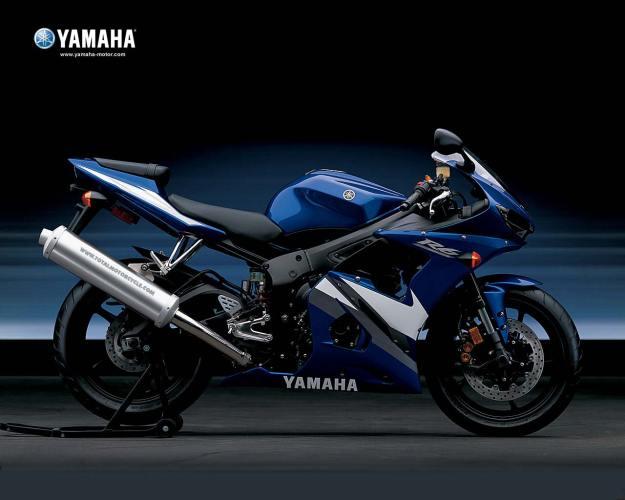 2005-Yamaha-R6 lovemotobike